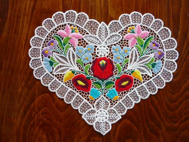Kalocsai riselt szív 20 x 20 cm