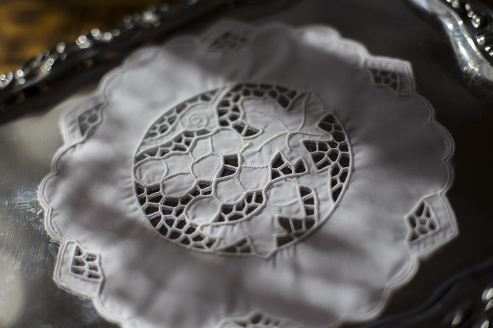 Riselt betétes tálcakendő 20 cm kör