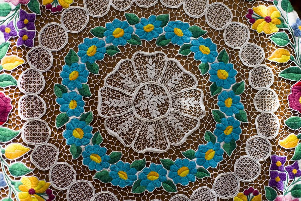 Kalocsai riseliő terítő 150 cm kör