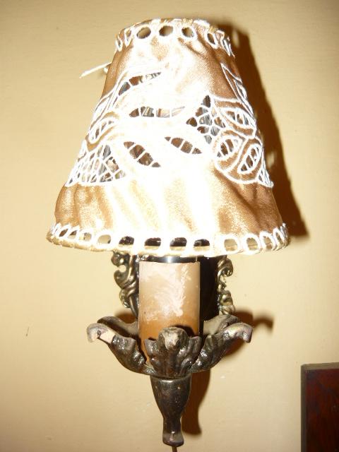 Riselt lámpaernyő 13 cm átmérő fali 2