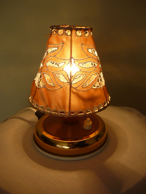 Riselt lámpaernyő 13 cm átmérő asztali 2